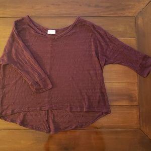 Thin maroon shirt